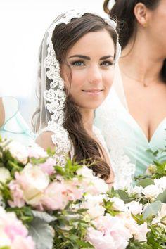 Romantically Chic Tented Connecticut Wedding - MODwedding