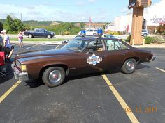 Smokey and the Bandit police car in Branson, Missouri on the 76 strip. Smokey And The Bandit, Cars Usa, Best Muscle Cars, Famous Movies, Police Cars, Police Vehicles, Sweet Cars, Big Trucks, Classic Cars