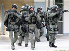 "Israeli Special Forces Units - (סיירת מטכ""ל, שייטת 13, מסתערבים) - YouTube"