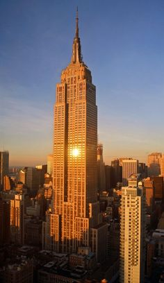 100 Most Famous Landmarks Around the World:  Empire State Building, NYC