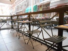 Dehors climatizzato a pavimento Table, Furniture, Home Decor, Benches, Homemade Home Decor, Tables, Home Furnishings, Interior Design, Home Interiors