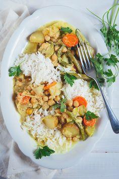 cămașă Vegetarian Chickpea Curry, Ginger Green Beans, Parsley Potatoes, Chana Masala, Risotto, Sushi, Veggies, Fresh, Cooking