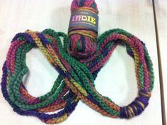 Chain loop Scarf