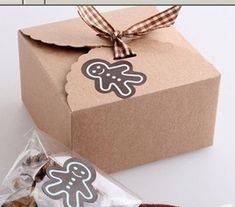 Wholesale mini 350g Kraft paper cookie package Cake box, muffin biscuits box 9x9x6cm 20pc/lot-inPackaging Boxes. US $16.4