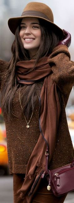 Great warm tones in a lovely #casual style. #cold #winter #autumn