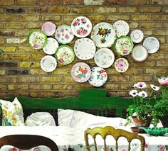 great idea plate collage would look great over my dinning table - Decorative Wall Plates