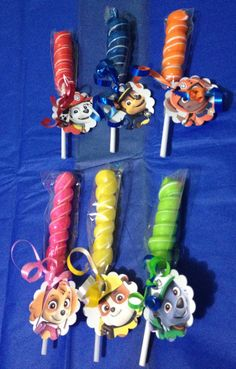 8 Paw Patrol Party Favor Lollipops by GlitterVixenDesigns on Etsy 6th Birthday Parties, 3rd Birthday, Birthday Ideas, Paw Patrol Party Favors, Los Paw Patrol, Paw Patrol Decorations, Cumple Paw Patrol, Rainbow Parties, Bear Party