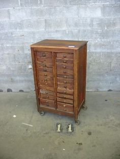 Etonnant Vintage 12 Drawer Cabinet On Casters | Second Use, Seattle: Building  Materials,