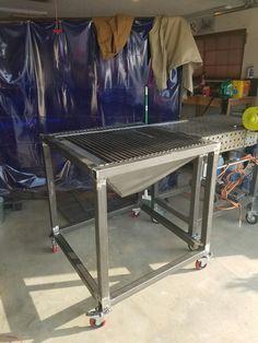 Plasma cutting table