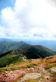"What Hiking the ""Knife Edge"" Taught Me About Happiness - Mount Lafayette, NH"