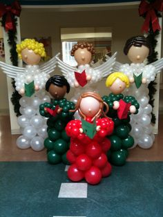 Kids and angels chorale by Angela Gipson Ballon Decorations, Xmas Decorations, Christmas Jesus, Christmas Crafts, Engagement Balloons, 21 Balloons, Holiday Party Themes, Balloon Stands, Christmas Balloons