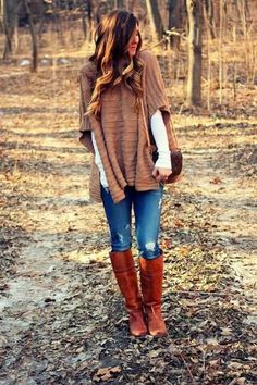 Jeans, white top, beige poncho, brown LV bag, tan boots ☑️