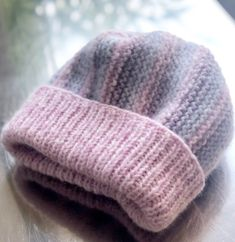 Crochet Border Patterns, Knitting Patterns Free, Free Knitting, Charity Knitting, Knitting Socks, Knitted Hats, Easy Crochet, Free Crochet, Braided Friendship Bracelets