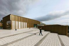 Ateliers O-S architectes: V. Baur, G. Colboc, G. Le Nouëne · Cultural Center, Media Library, Music and Dance School