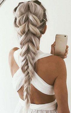 39 Trendy + Messy & Chic Braided Hairstyles – Dutch Braid #hairstyle #braids #hairstyles