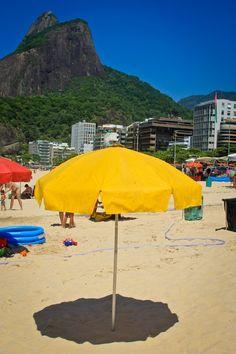 © Foto de André Lima. Praia do Leblon, Baixo Bebê, Rio de Janeiro, Brasil by C@rol