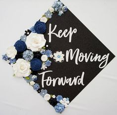 Diy Graduation Cap Discover Keep Moving Forward Graduation Topper and Decoration. Flower and Glitter Graduation Cap Decoration. Customize colors and saying Custom Graduation Caps, Graduation Cap Toppers, Graduation Cap Designs, Graduation Cap Decoration, Graduation Diy, High School Graduation, Decorated Graduation Caps, Graduation Sayings, Nursing Graduation Caps