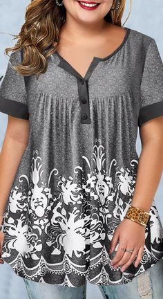 Plus Size Summer Tops For Women Plus Size Printed Short Sleeve Button Detail Blouse Plus Size Blouses, Plus Size Tops, Plus Size Women, Plus Size Shirts, Printed Blouse, Printed Shorts, Plus Size Kleidung, Plus Size Outfits, Plus Size Clothing