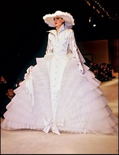 The embodiment of Parisian chic, style icon Inès De La Fressange speaks candidly with Cameron Williamson about cheap clothes, overly fussy couture, and being rejected by Chanel—at first 1987 Fashion, 80s And 90s Fashion, Worst Wedding Dress, Wedding Dresses, French Fashion, Vintage Fashion, Chanel Fashion Show, Chanel Couture, Couture Bridal