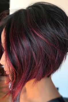 Chic and Trendy Styles for Modern Bob Haircuts for Fine Hair ★ See more: http://glaminati.com/trendy-bob-haircuts-fine-hair/