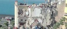 Crolla una palazzina a Torre Annunziata 8 dispersi tra cui due bambini