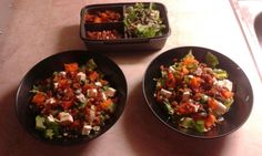 Fantastic autumn inspired salad using only 5 ingredients: salad, pumpkin, feta cheese, dried tomatoes and bacon.
