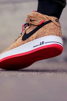 2014 cheap nike shoes for sale info collection off big discount.New nike roshe run,lebron james shoes,authentic jordans and nike foamposites 2014 online. Sneakers Vans, Sneakers Mode, Sneakers Fashion, Fashion Shoes, Mens Fashion, Sneakers 2016, Cheap Sneakers, Shoes 2016, Nike Fashion
