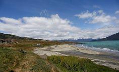 Parque Nacional Yendegaia.  XII Región de Magallanes y Antártica Chilena.  Jurisdiccionalmente el Parque corresponde al sudeste de la comuna de Timaukel (en la Provincia de Tierra del Fuego) y a la comuna de Cabo de Hornos (en la Provincia de la Antártica Chilena).  Incluye, ríos, lagos, costas marinas, bosques magallánicos y cumbres cordilleranas de los Andes fueguinos, además del sector oriental de la cordillera Darwin y algunos glaciares que bajan de la misma