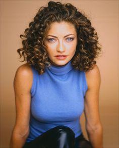 Rebecca gayheart- curly hair