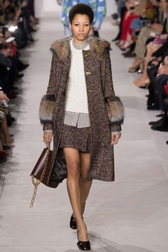 Michael Kors Fall 2016 RTW Line Experiments With Feathers & Sequins…