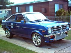 Datsun photos, picture # size: Datsun photos - one of the models of cars manufactured by Datsun Classic Japanese Cars, Classic Cars, Datsun 210, Mazda Cars, Cute Car Accessories, Pretty Cars, Old School Cars, Japan Cars, Latest Cars