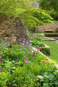 Garden levels- Lovely to build retaining walls around my beds on the side of the house.........