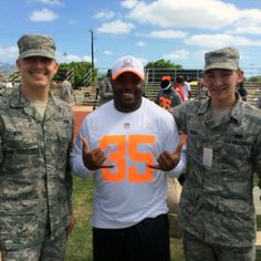 from Carolina Panthers Mike Tolbert spends some times with the troops after today's #ProBowl practice.