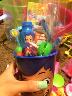 Bubble guppies party favor cup