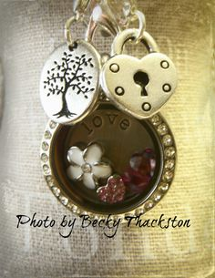 beckythackston.origamiowl.com  you will LOVE these lockets!
