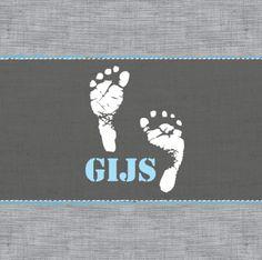 Geboortekaartje Gijs  www.hetuilennestje.nl Linnen, babyvoetjes, grijs, stoer.