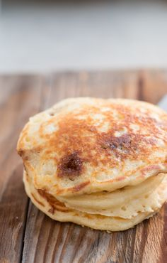 Cinnamon Burst Pancakes – Oh Sweet Basil Cinnamon burst pancakes are the favorite new breakfast at our house! Vegetarian Breakfast Recipes, Breakfast Dishes, Brunch Recipes, Breakfast Ideas, Microwave Breakfast, Pancake Recipes, Eat Breakfast, Dinner Recipes, Tasty Pancakes