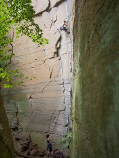 Rock Wars, 5.10a, Long Wall, Red River Gorge, Kentucky. 2 Pitch Trad.