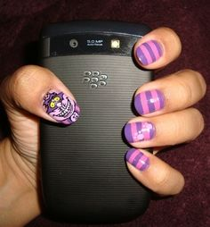 This Cheshire cat mani is mad. Mad AWESOME. | 16 Examples Of Disney Nail Art That Will Render You Speechless