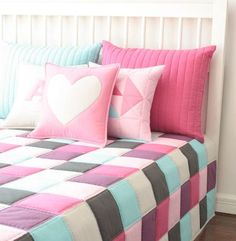 Check out our sewing & needlecraft selection for the very best in unique or custom, handmade pieces from our shops. Bed Cover Design, Patch Quilt, Bed Covers, Bed Spreads, Baby Quilts, Bed Sheets, Quilt Patterns, Bed Pillows, Bedroom Decor