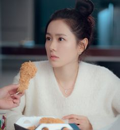 Find images and videos about kdrama, crash landing on you and son ye jin on We Heart It - the app to get lost in what you love. Korean Actresses, Korean Actors, Hyun Bin, Bts Chibi, Korean Artist, Actor Model, Korean Drama, Kdrama, Celebrities