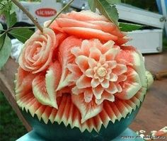 Amazing Food Carving photo, this picture was uploaded by eliyasster. Browse other Amazing Food Carving pictures and photos or upload your own with Photobucket free image and video hosting service. L'art Du Fruit, Fruit Art, Veggie Art, Fruit And Vegetable Carving, Fruits Decoration, Watermelon Flower, Watermelon Designs, Sweet Watermelon, Amazing Food Art