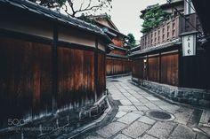 Takashi YasuiPortfolio | Instagram | Facebook | RECO
