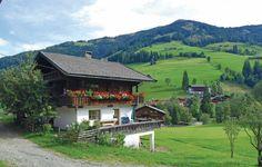 Vakantiehuis - Inneralpbach, Tirol - Oostenrijk. 10-persoons vakantiehuis. De boerderij wordt nog op traditionele wijze gerund en biedt op deze manier een interessante kijk op het agrarische leven in Oostenrijk. Kinderen hebben de mogelijkheid de dieren te aaien en te helpen in de stal. Meer info: http://www.novasol.be/p/ATI108