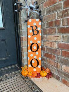 Boo Halloween, Outdoor Halloween, Halloween 2020, Halloween Witches, Happy Halloween, Halloween History, Halloween Costumes, Halloween College, Rustic Halloween