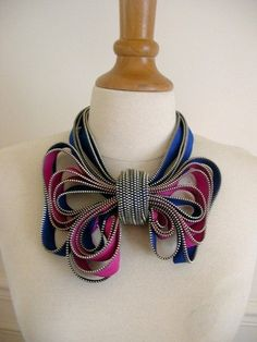 My Bow Zipper Necklace by ReborneJewelry on Etsy Bow Necklace, Fabric Necklace, Fabric Jewelry, Jewelry Crafts, Handmade Jewelry, Unique Jewelry, Zipper Crafts, Zipper Jewelry, Jewelry Accessories