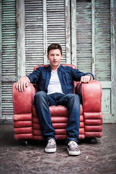 Dubai Jazz Festival 2015 - Welcome to the Emirates Airline Dubai Jazz Festival. See James Blunt, Christina Perri, John Legend and Sting among many others perform LIVE at Dubai Media City Ampitheatre. We'll see you there!