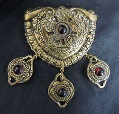 Vintage Brooch Pin Gold Brass Garnet Cabachons Dangles Stones Gem Antique Large | eBay