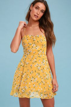 Don't let another moment pass without the Daisies Go By Mustard Yellow Floral Print Dress! This airy skater dress is composed from woven fabric with a dainty white, orange, brown, and green floral print. A princess seamed, sweetheart bodice, with ruched detail, is supported by adjustable straps.