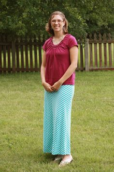 Modest Mom Monday - fashion skirt outfit